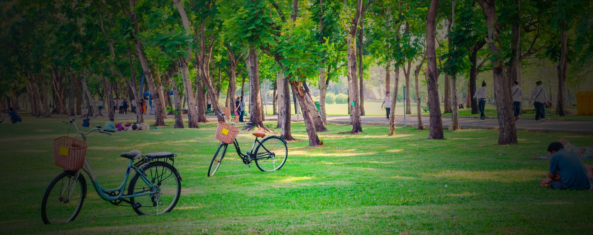 sukh chayn islamabad - Less-than-a-minute-walk-to-F-9-Park
