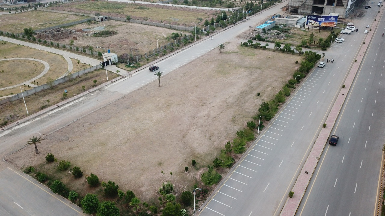 Gulberg Islamabad - Commercial area